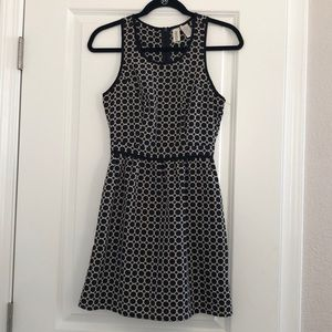Circle patterned dress with pockets